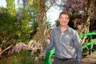 Monet's English Country Gardener