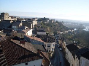 Red Rooftops: The streets of Meilhan-sur-Garonne