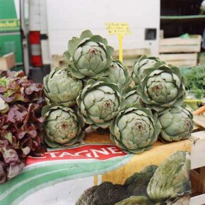 Mmmm... Artichauds! No-one grows artichokes quite like the Bretons do.