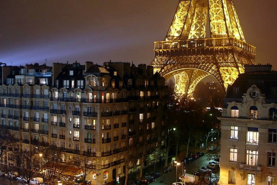 Why Paris is The City of Light – Tootlafrance