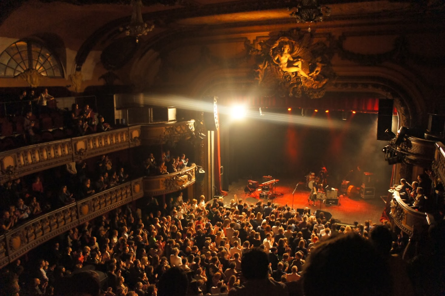 Image gallery la bataclan paris for Plan trianon salle