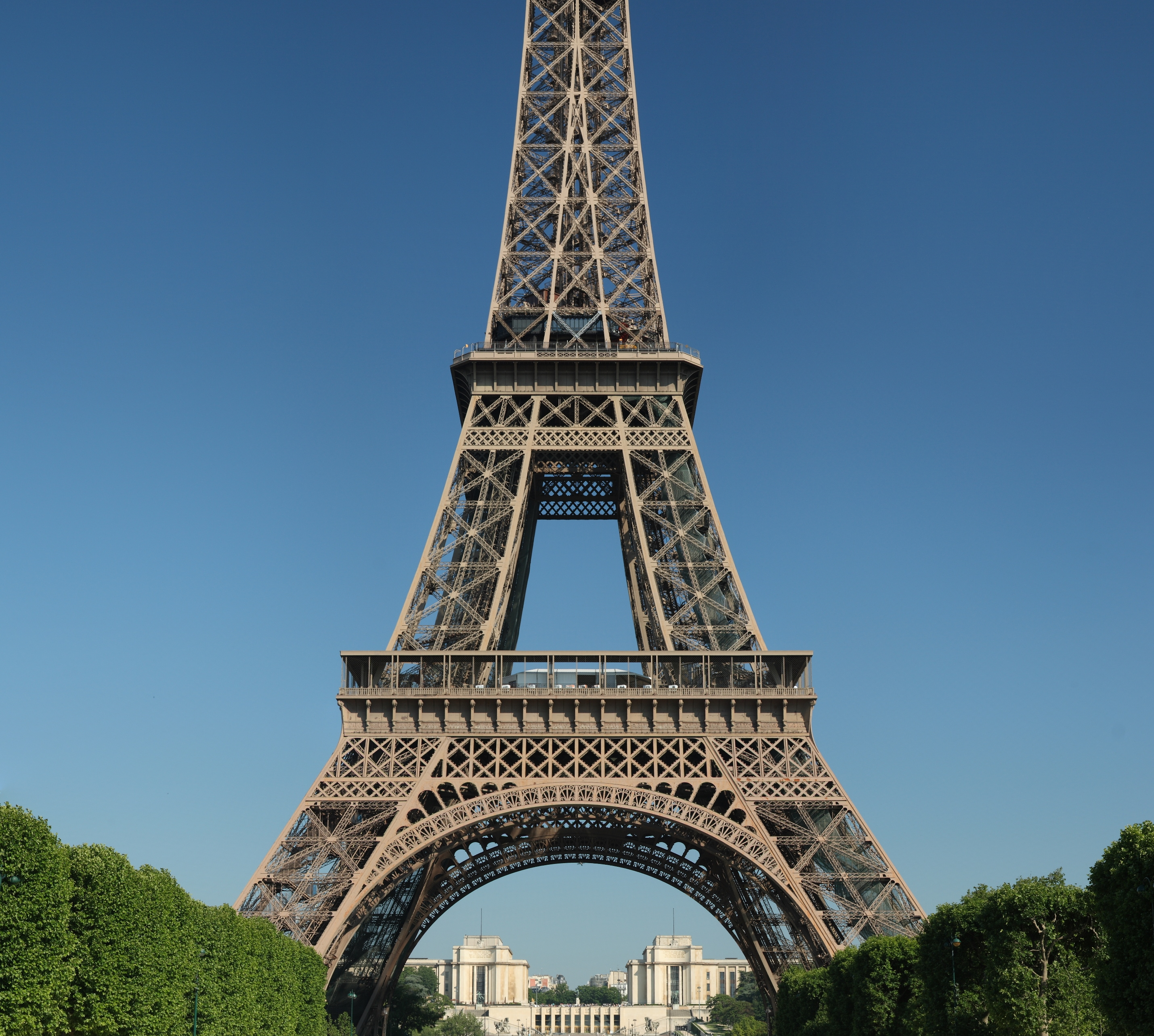 Top ten interesting facts about paris for kids tootlafrance for Names of famous towers