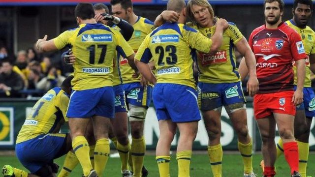 Clermont-Tootlafrance-victory-visit-France-champions.jpg