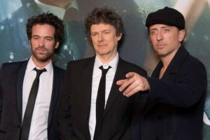 Gad Elmaleh (r) with Romain Duris (l) and director Michel Gondry at the launch of L'Ecume des Jours (Mood Indigo)