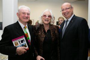 Patrick (l) with artist Anne Madden and Jean-Pierre Thébault
