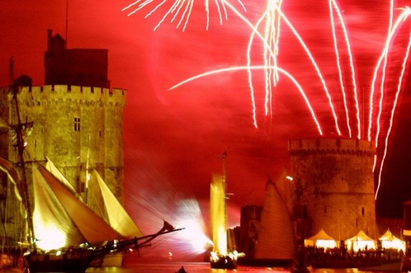 La-Rochelle-artifice-713x10241.jpg
