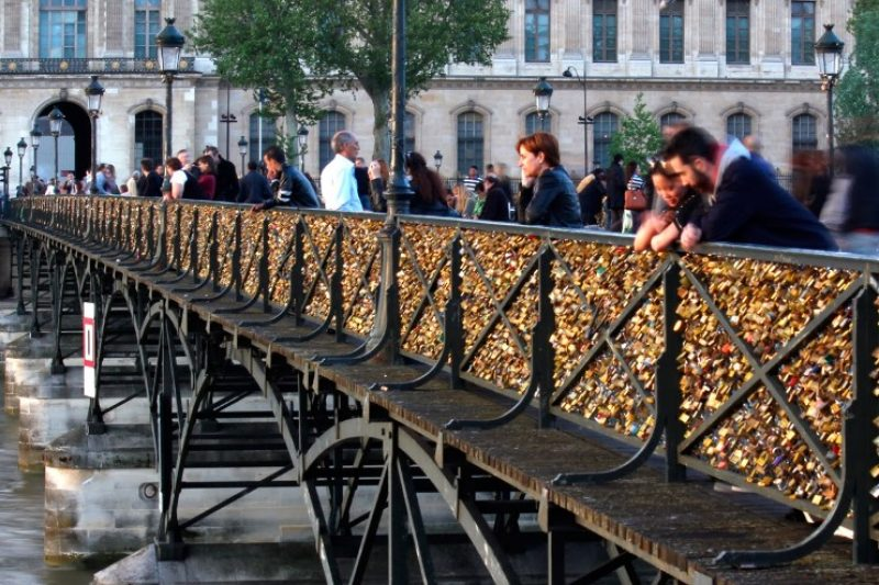 Locks-Pont-des-Arts.jpg