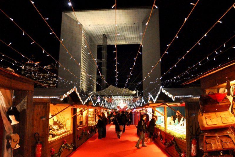 Marché-de-Noël-La-Défense-Paris.jpg