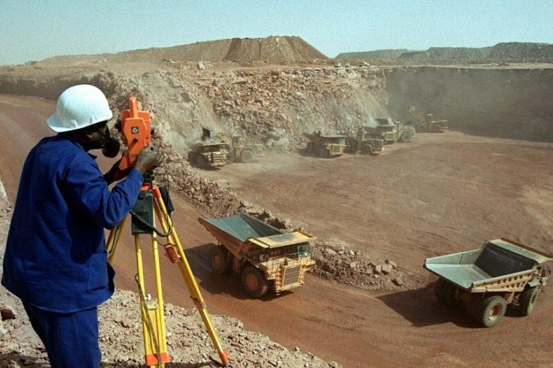 Mine-uranium-Arlit-Niger.jpg