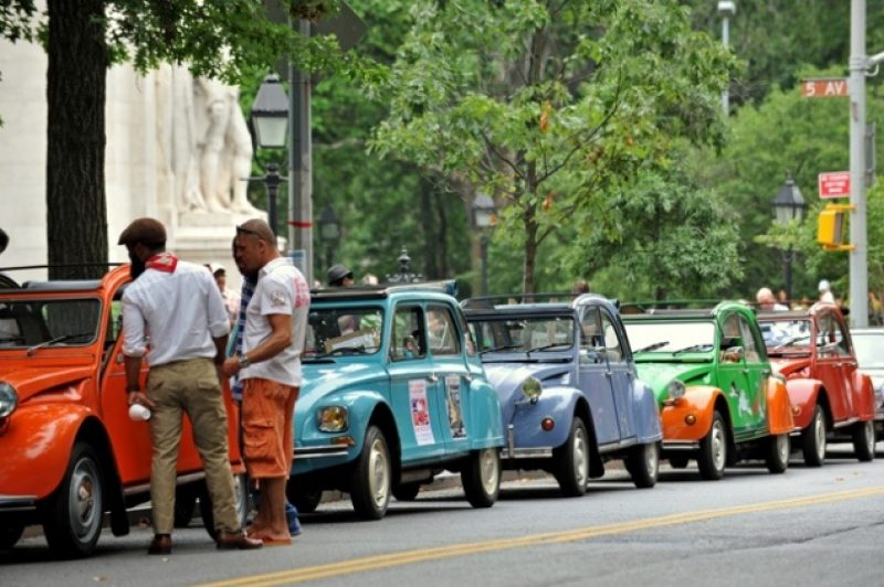 classic-citroens-bastille-day-vintage-cars1.jpg