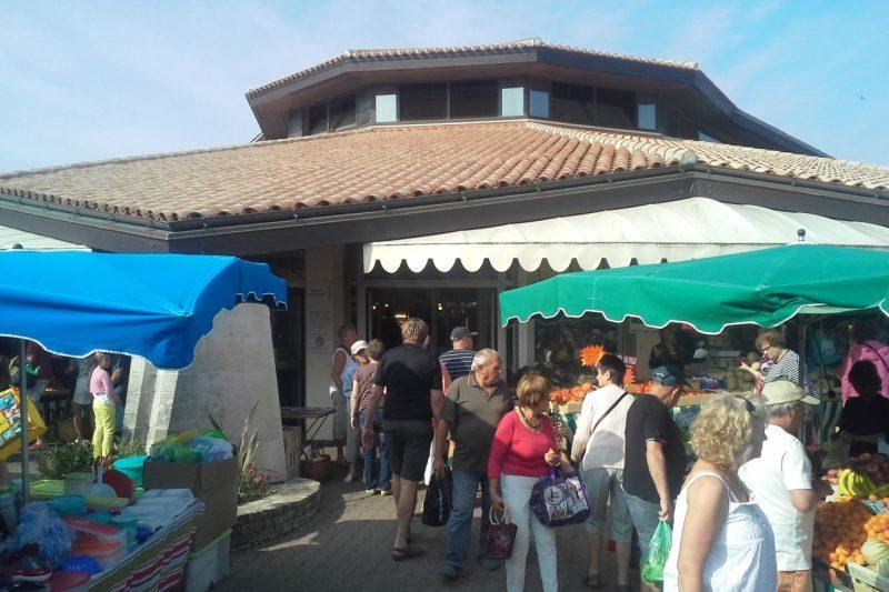 market-St-Jean-de-Monts.jpg